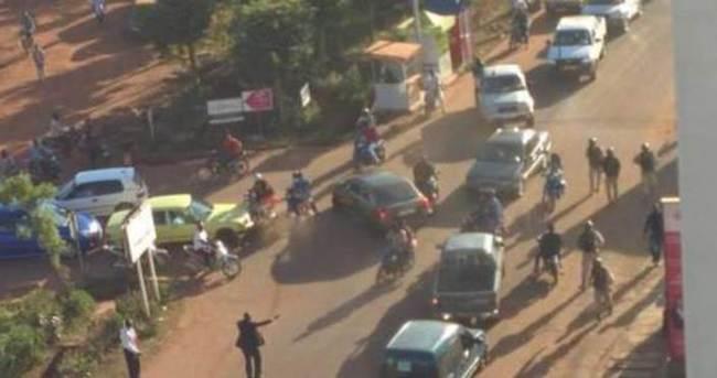 Mali'de saldırı: 6 rehine öldürüldü