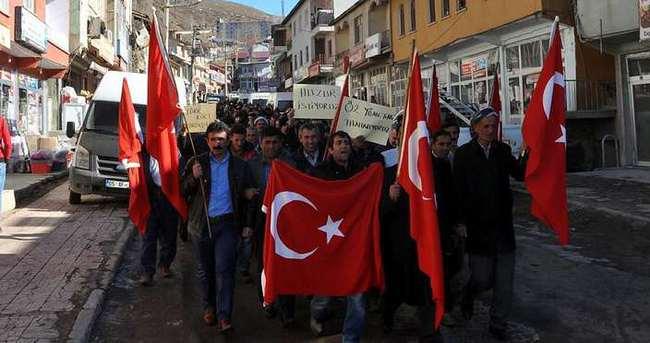 Şırnak'ta operasyonlara destek yürüyüşü