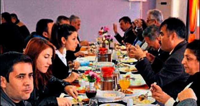 Fethiye'de öğrencilere ücretsiz yemek