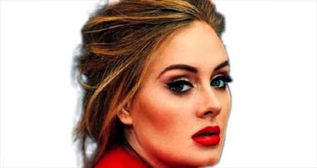 Adele... Albümü 3.38 milyon sattı