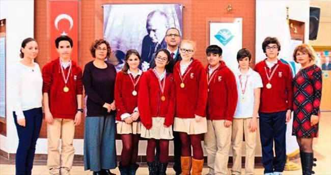 Ekinli öğrenciler 9 madalya kazandı