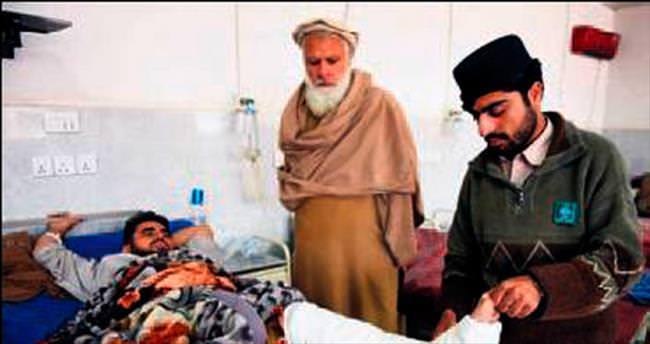 Afganistan 6.9'luk depremle sallandı