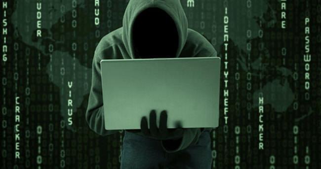 Türk hackerdan Rusya'ya tarihin en büyük siber saldırısı