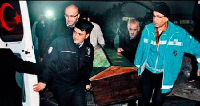 Haber alınamayan çift evlerinde ölü bulundu