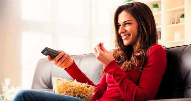 Televizyon karşısında kilo almadan atıştırın
