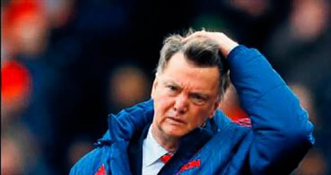 United'da çanlar Van Gaal için çalıyor