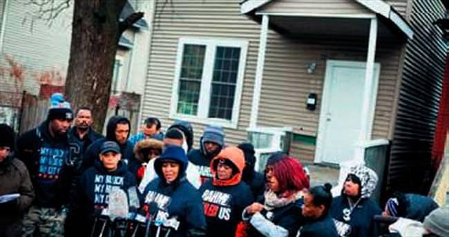 ABD'de polis silahsız 2 siyahiyi öldürdü