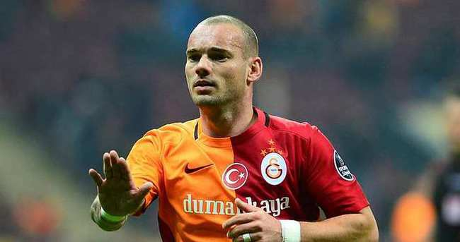 Sneijder kritik süreçte