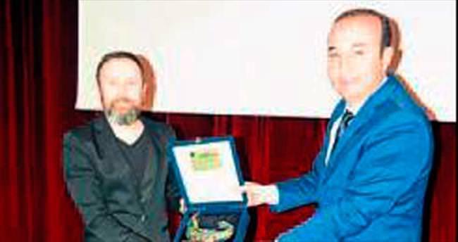 Mehmet Akif Ersoy Ceyhan'da anıldı