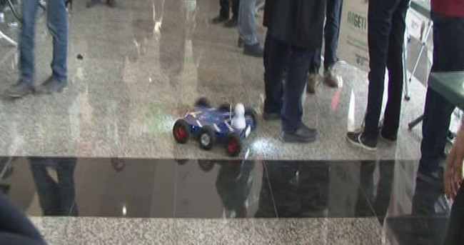 Lise öğrencilerinden engelli robot arabası
