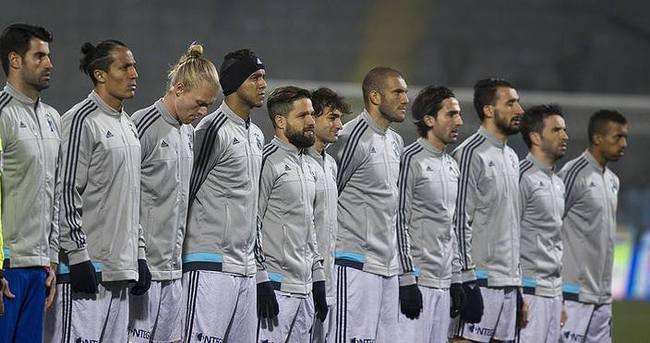 Fenerbahçe savunmasıyla ön plana çıktı