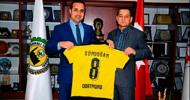 Başkan Olgun'a Dortmund forması