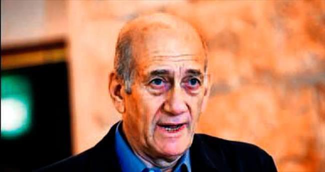 Olmert 18 ay hapis yatacak