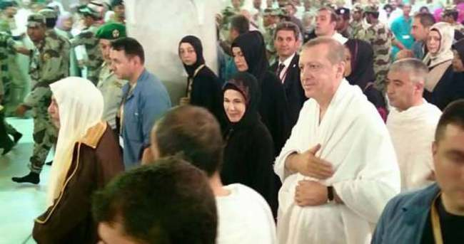 Image result for Erdogan Umre yapti