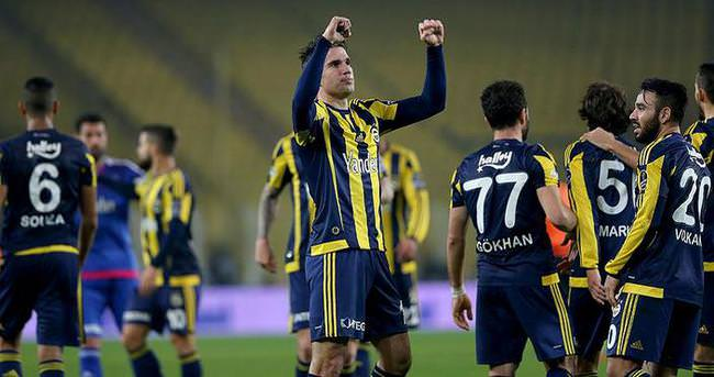Fenerbahçe'yi, üç golcüsü taşıdı