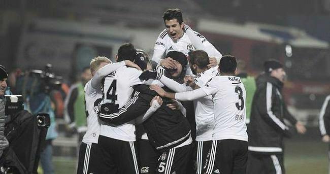 Beşiktaş 2015'i mutlu bitirdi