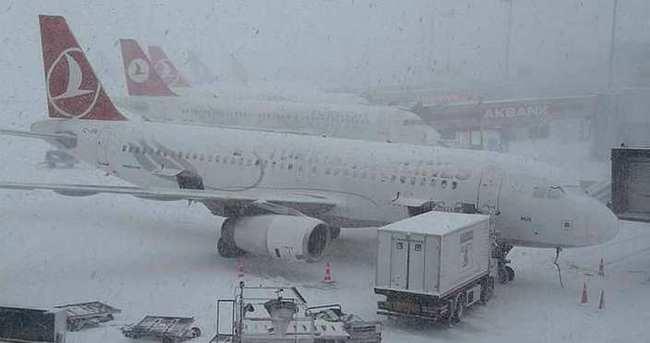 228 uçak seferleri iptal edildi