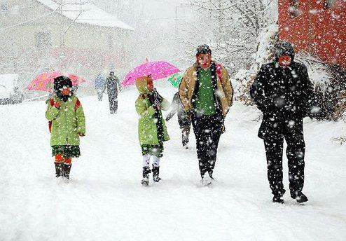 Nevşehir'de okullara kar tatili