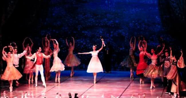 Fındıkkıran Balesi sanatseverleri büyüledi