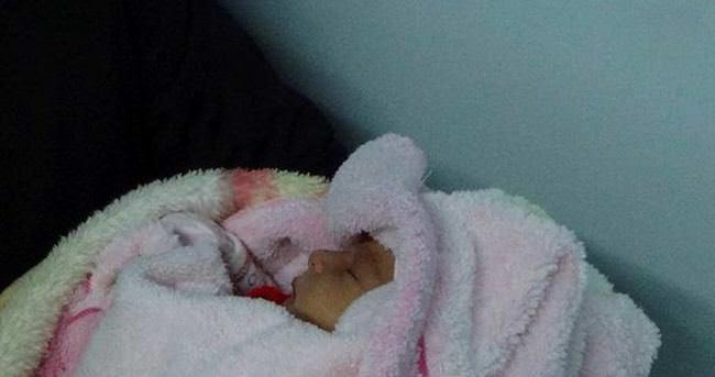 3 günlük bebeğini hastanede terketti