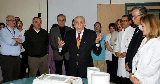 Organ nakli merkezinde yeni yıl kutlaması