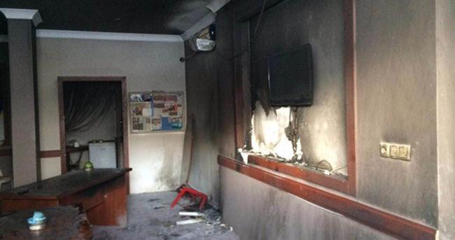 AK Parti'ye molotoflu saldırı