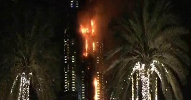 Dubai'de yılbaşı kutlamalarında yangın