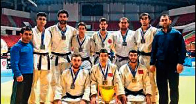 Salihli judoda 'Süper'