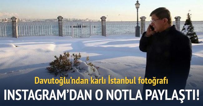 Davutoğlu'ndan karlı İstanbul fotoğrafı