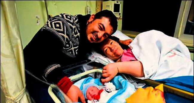 Yeni yılın ilk bebeği Alperen Erdem oldu