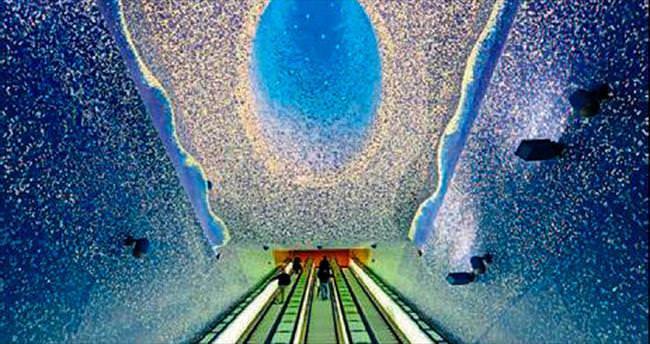 Metro istasyonu değil sanat eseri