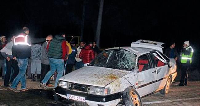 Salihli'de otomobil takla attı: 1 ölü, 4 yaralı