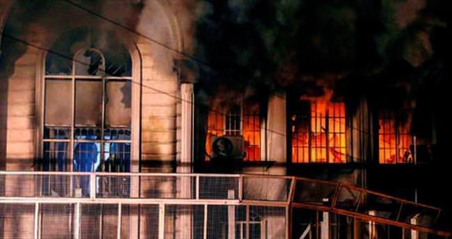 Suudiler İran'la ilişkileri kesti