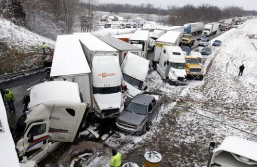 2 zincirleme kazada 14 araç çarpıştı
