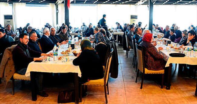 Mersin'in kurtuluş gününde şehit ve gaziler için yemek