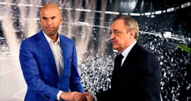 Real'de beklenen oldu Benitez out Zidane in