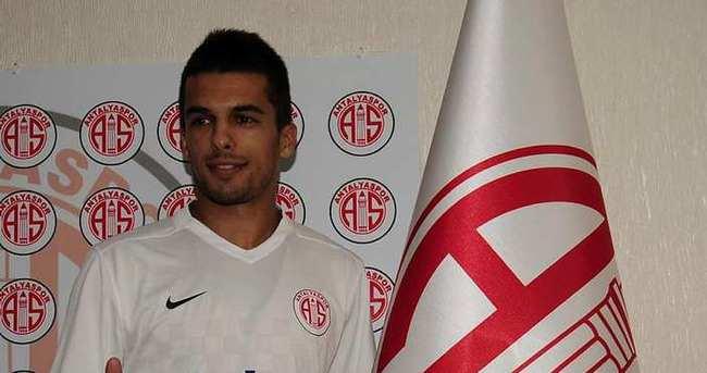 Antalyaspor'da Kvesic isteneni veremedi