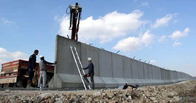 Yayladağ'da sınıra beton duvar yapılmaya başlandı!