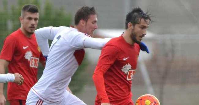 Eskişehirspor, Altınordu'ya karşı zorlanmadı