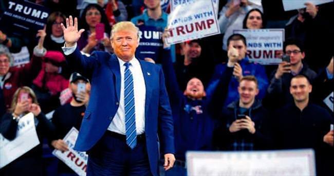 Donald Trump'ın reklamları da ırkçı