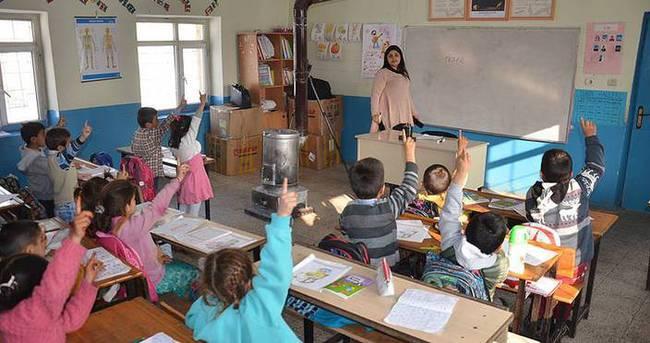Öğretmenlerin mazeret durumundan yer değiştirme takvimi açıklandı