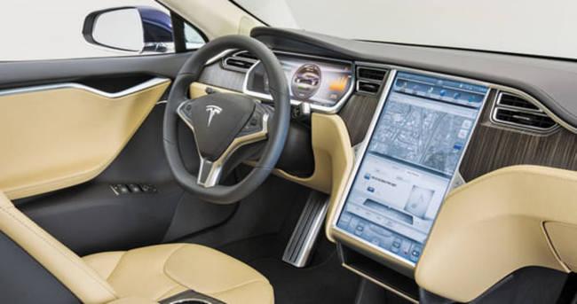 Tesla, büyük hedefini tutturdu!