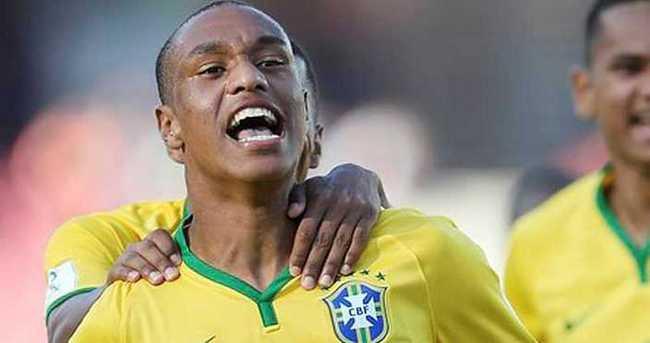 Leandrinho Fenerbahçe'ye...