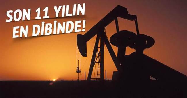 Petrol fiyatarı 11 yılın dibine geriledi