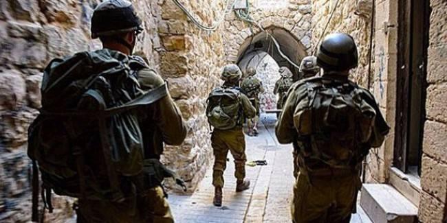 İsrail, Hamas mensuplarını gözaltına aldı