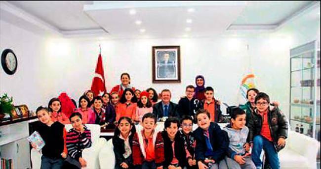 Aileler çocukları ile birlikte sınıfta