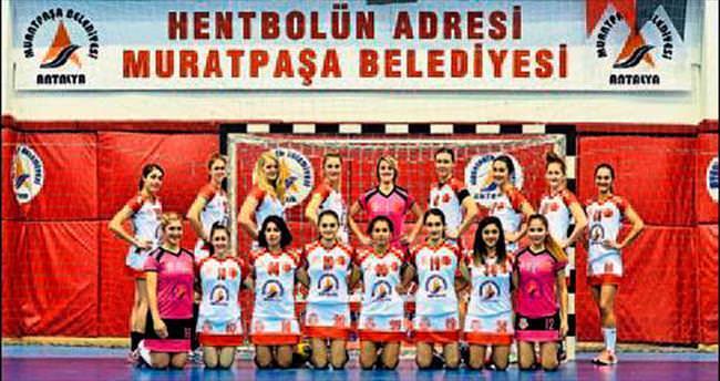 Melekler'in gözü EHF kupasında
