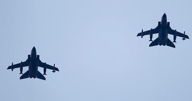 İncirlik'e gelen Alman Tornadolar keşif uçuşuna çıktı
