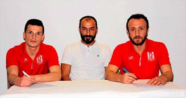 Balıkesirspor'da imzalar konuştu