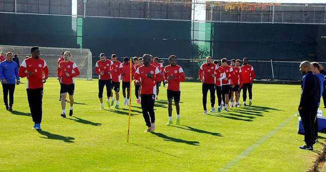 Antalyaspor'da Morais mesaiye başladı